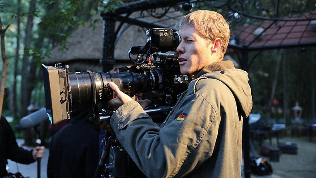 Cameraman Louis Gagiano.